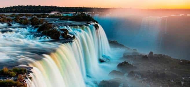 A impressionante força e beleza das águas