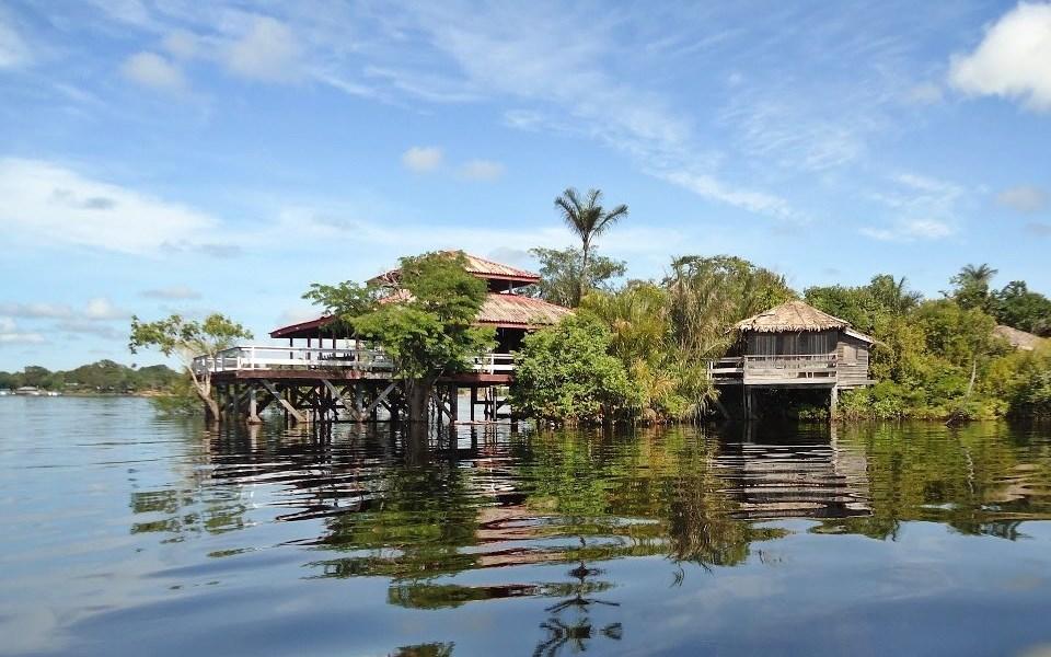 Hotel de Selva na área do Arquipélago de Mariuá
