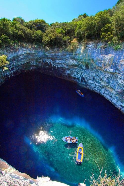 Vista do topo da caverna