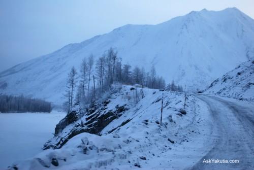 Estrada para Yakutsk, Rússia