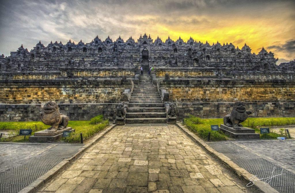 Borobudur Temple. Foto via
