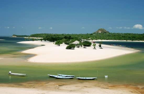 Ilha do Amor. Foto via