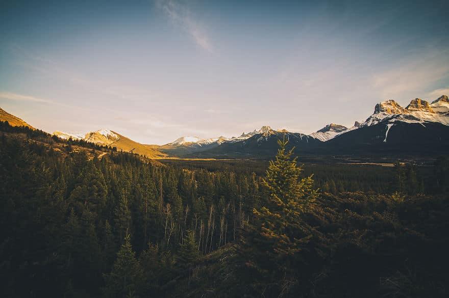 Majestic-Lands-of-Alberta-Through-Interpretative-Photography-57b389687e730__880