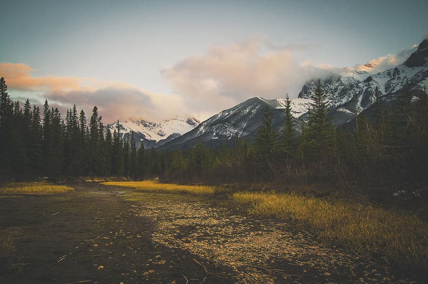 Majestic-Lands-of-Alberta-Through-Interpretative-Photography-57b389f5d4db4__880
