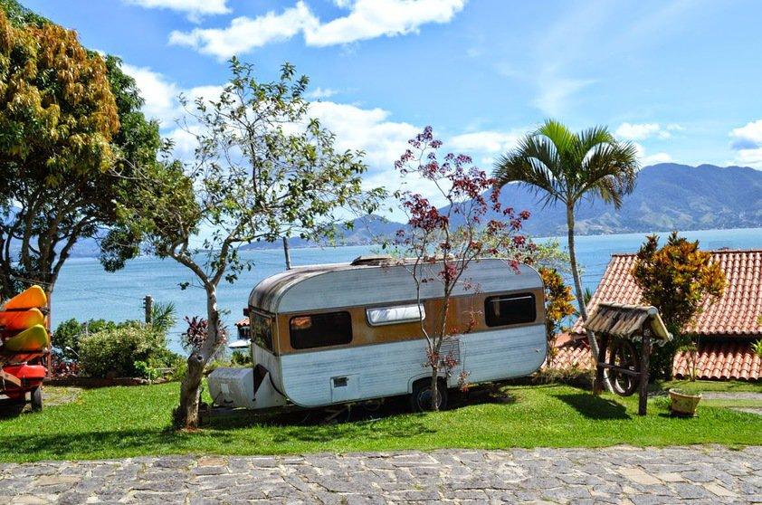 camping-pedra-do-sino-ilhabela-sao-paulo-divulgacao