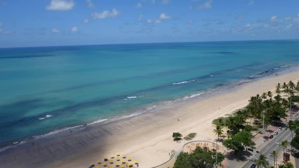A vista na nossa varanda no Radisson Recife