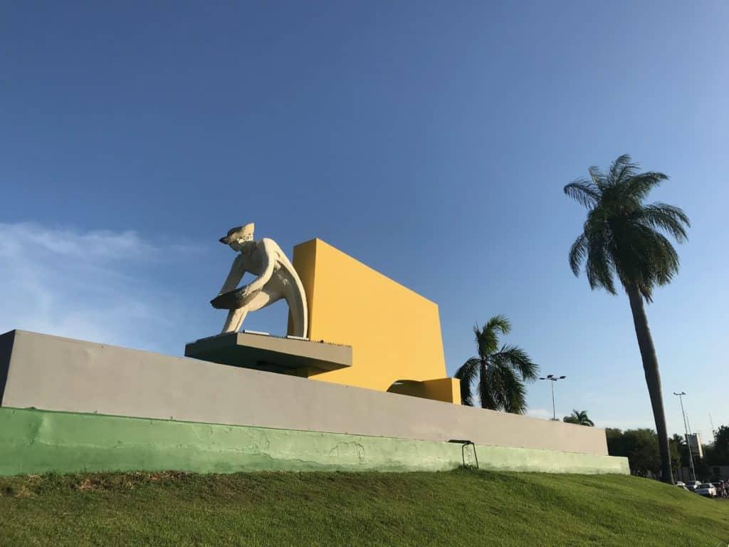 Monumento aos Garimpeiros
