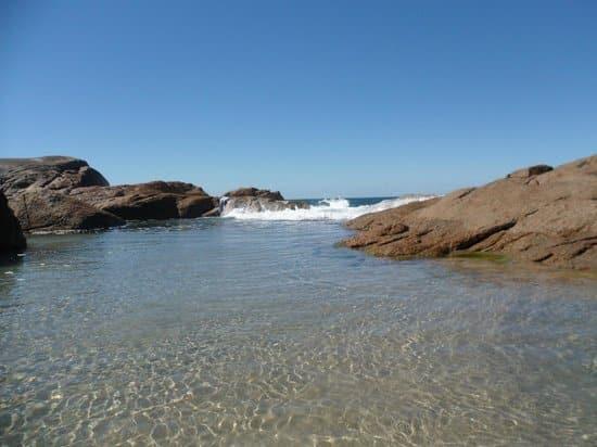 Praia da Ferrugem | Fonte: TripAdvisor