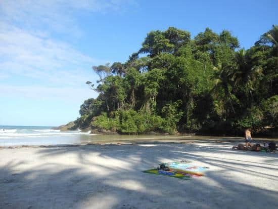 Praia da Engenhoca | Fonte: TripAdvisor