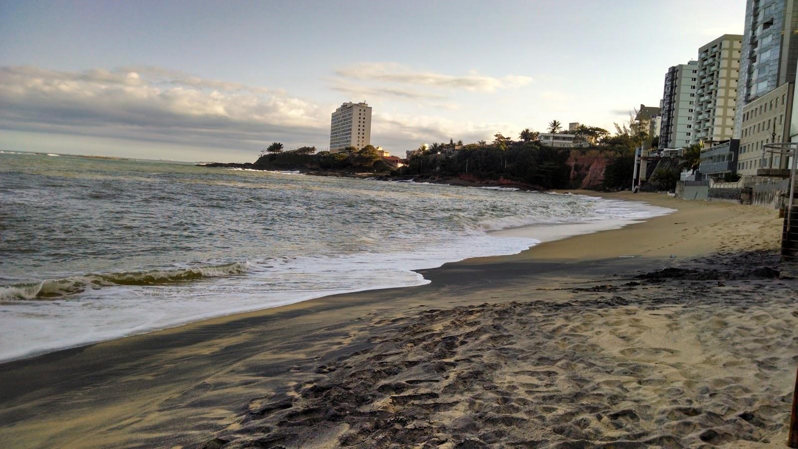 Praia da areia preta   Reprodução TripAdvisor